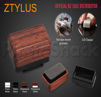 Ztylus OnSlot - On-Hot Shoe LCD Cleaner - OnSlotLCDPB